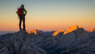 Come affrontare un'escursione in montagna d'inverno