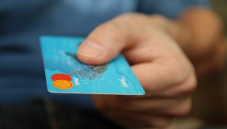 Frodi da carte di credito: ecco come evitarle